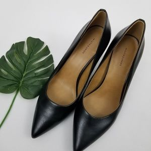 14th & Union Black Laser Cutout Pointed Toe Heels